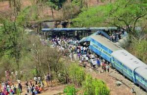 08-05-14 Desh Videsh - Maharashtra Train