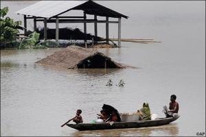 01-10-14 Desh Videsh - Assam Floods