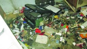 एस.टी.एफ. अउर दुकानदार में मार पीट