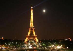 01-04-15 Mano - Eiffel Tower Opening Ceremony web