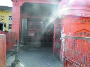 मंदिर जहां चोरी हुआ