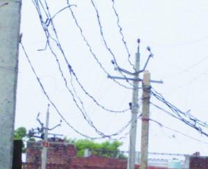 बिजली कटौती बनीं मुसीबत