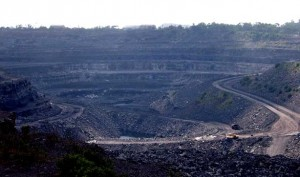 28-08-14 Desh videsh - Coal Mine in Bihar for WEB