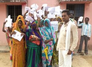 19-08-15 Chitrakoot - Pahadi Unnay Banna - Samajwadi Pension web