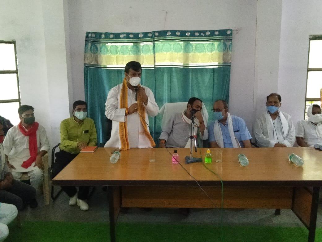 Lalji Tandon BJP leader meeting ceremony
