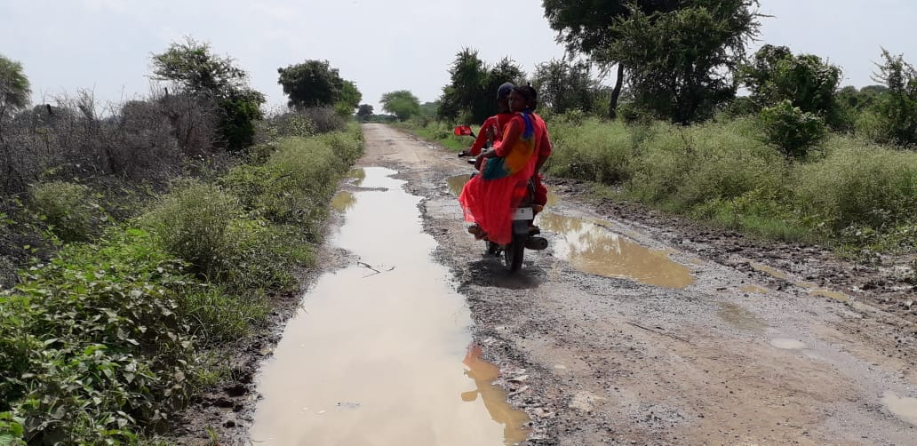 What is the truth of pit-free roads