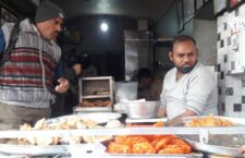 Ayodhya became famous by by Deep Narayan's curd Jalebi also