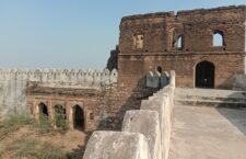 Come to the fair of love, to the Bhuragarh fort of Banda