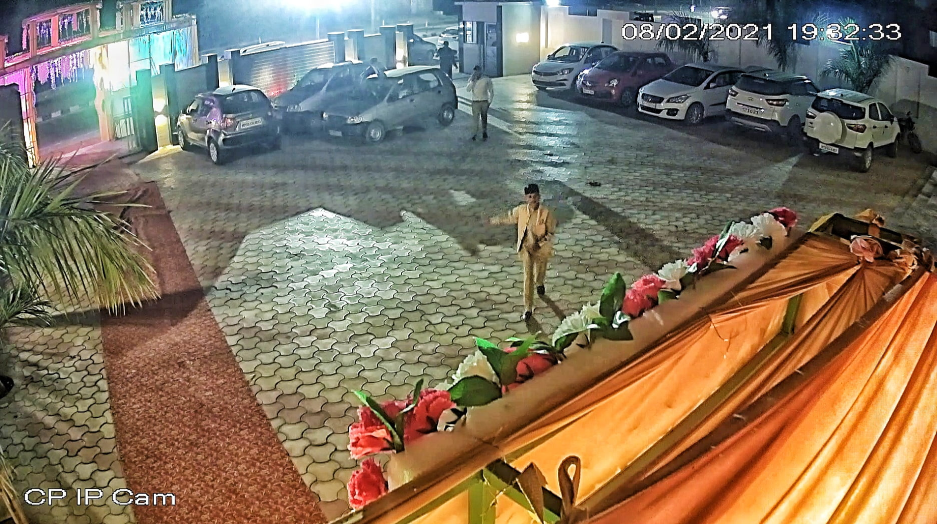 Lakhs worth of goods stolen from transport owner's party