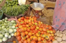 mahoba Due to road widening due to lack of space in vegetable market