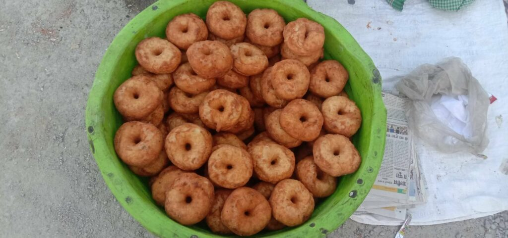 The moving bakery of Kolkata's donut bread is now in Mahoba