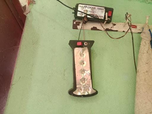 6 महीने से बिजली कटौती कर रही ग्रामीणों को परेशान | KhabarLahariya