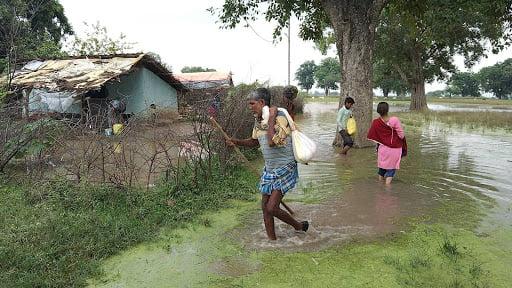 बाढ़ (साभार- खबर लहरिया)
