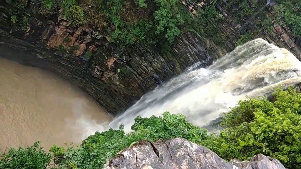 karkat waterfall