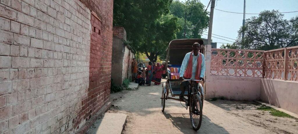 rickshaw photo by khabar lahariya