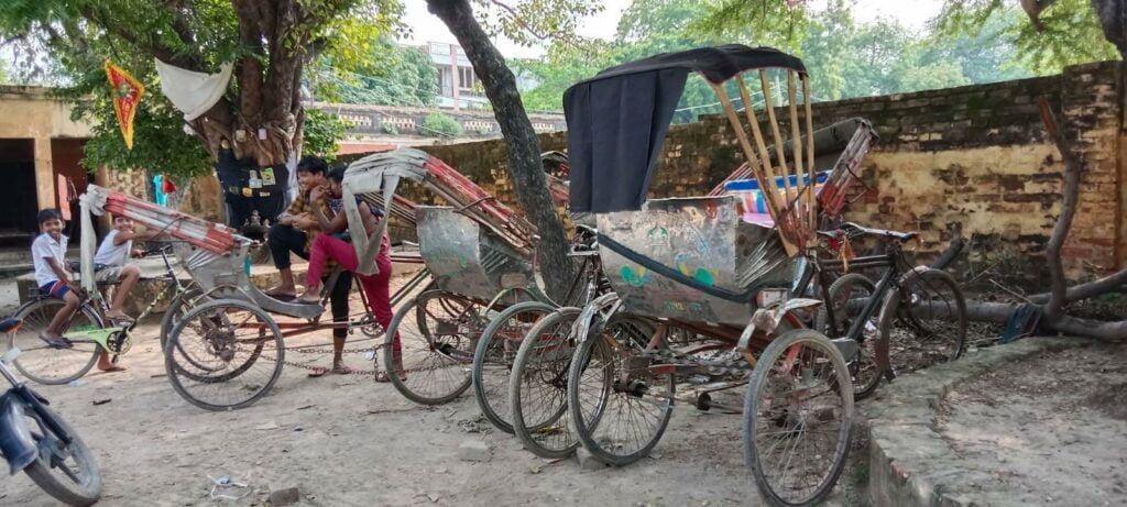 rickshaw photo by khabar lahariya 2